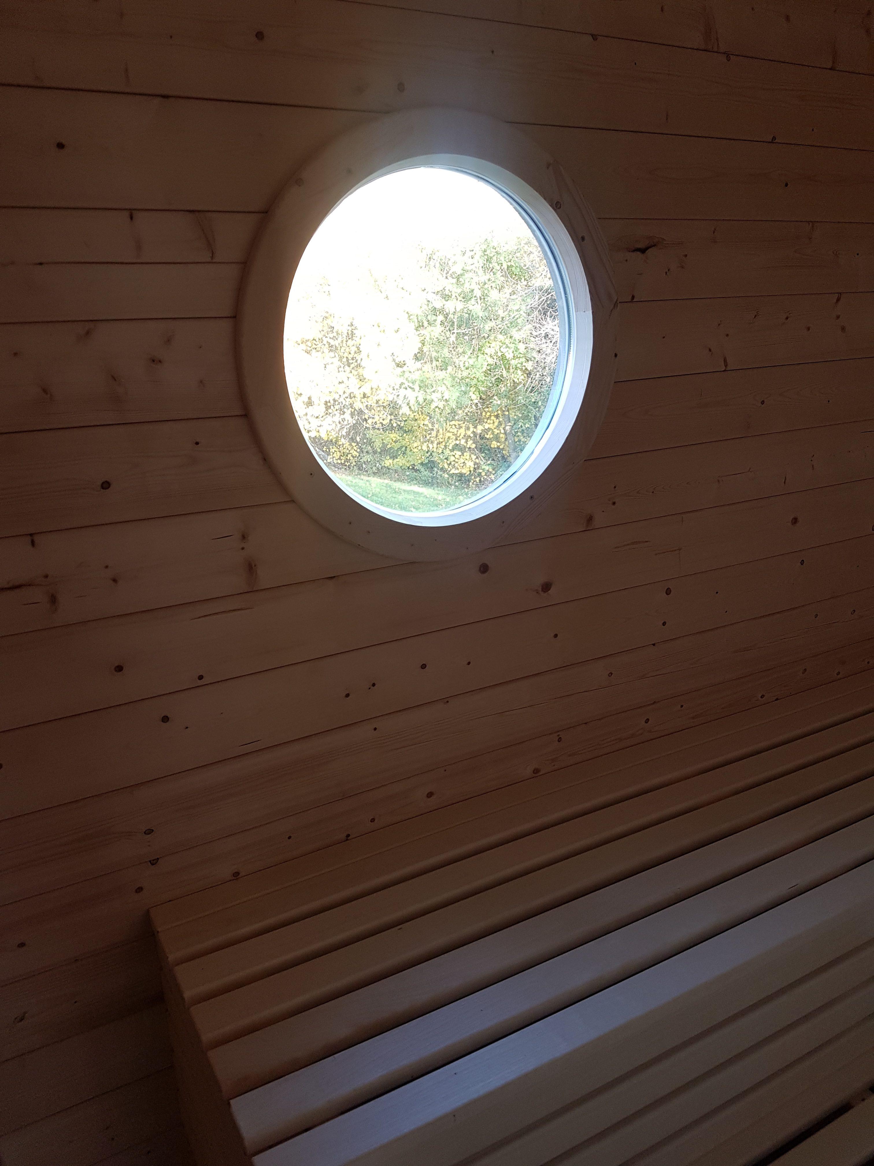 Sauna, Detail, Rundfenster