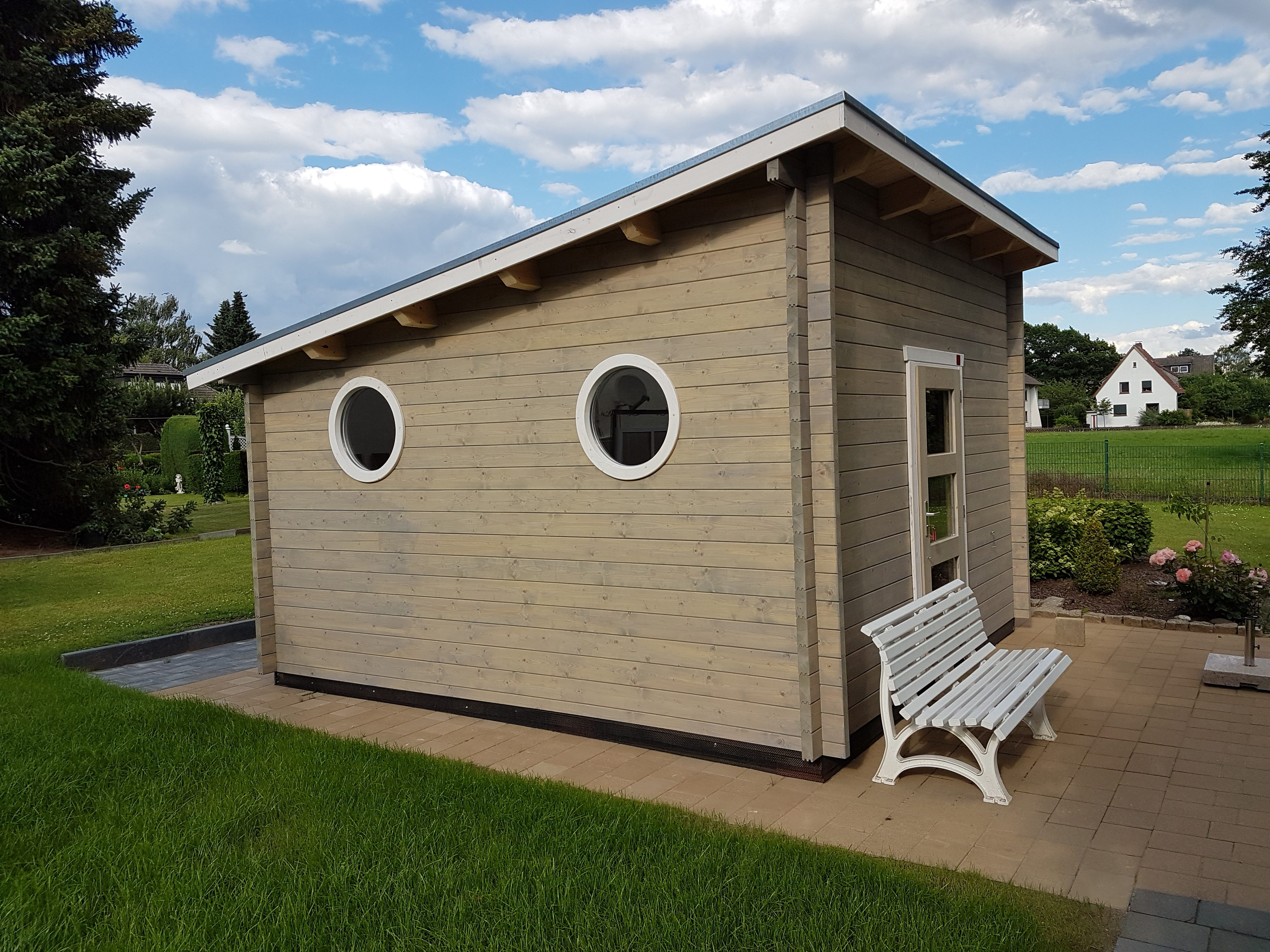 Sauna, Rundfenster, Pultdach