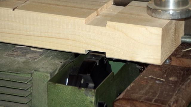 Holz, Balken, Fertigung, Fräsen